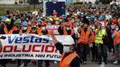 Una multitud arropó a los trabajadores de Vestas en Viveiro