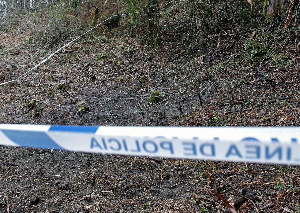 Zona de Bora que permanece precintada tras localizarse el jueves pasados un cráneo y un fémur.