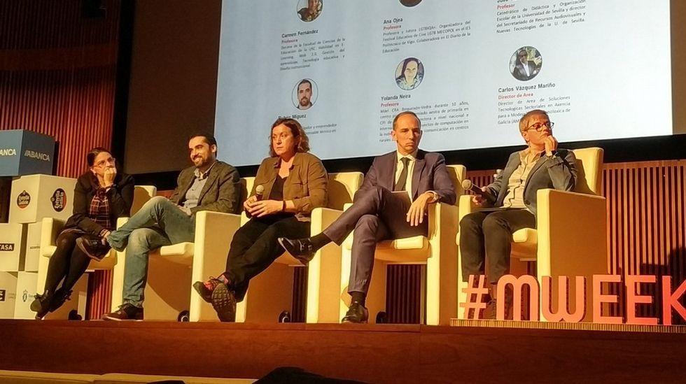 Neira, Míguez, Ojea, Vazquez y Morante, durante el debate de la Mobile Week Coruña