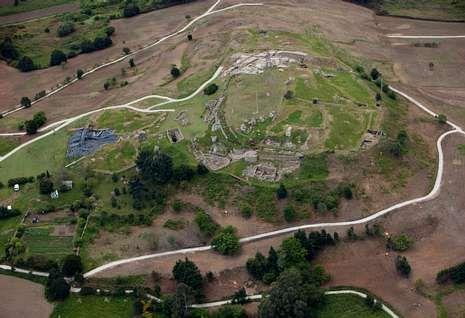 Vista aérea del estado actual del castro de Elviña tras las últimas excavaciones.