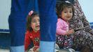 Sirios desplazados por la ofensiva turca han buscado refugio en una campo iraqui de Dohuk