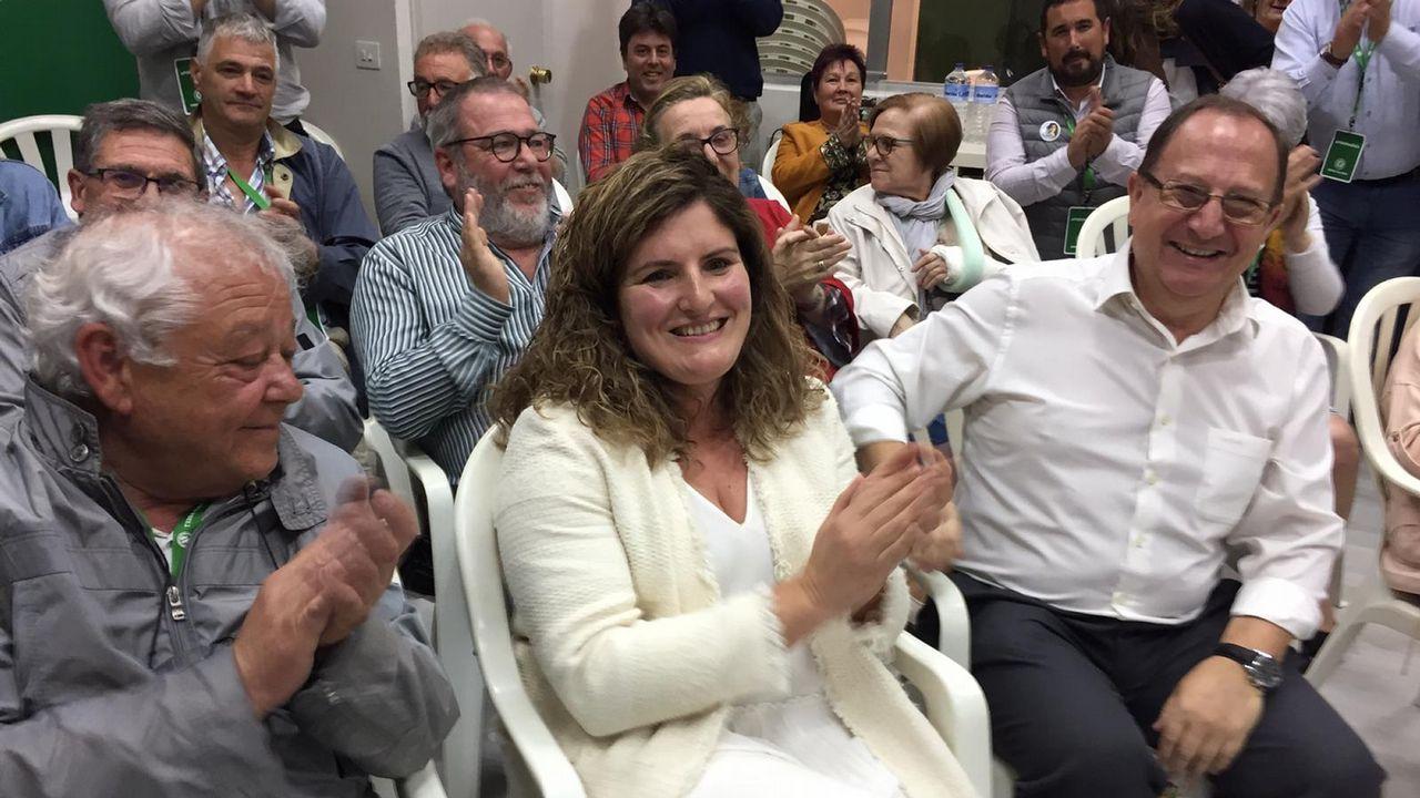 Marían Ferreiro celebra el resultado de TEGA en Narón