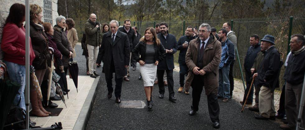 La nueva ETAP fue inaugurada oficialmente con visitas guiadas para todos los vecinos y presencia de la conselleira Beatriz Mato.