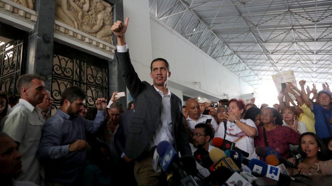 Guaidó se reunió con los sindicatos de los funcionarios