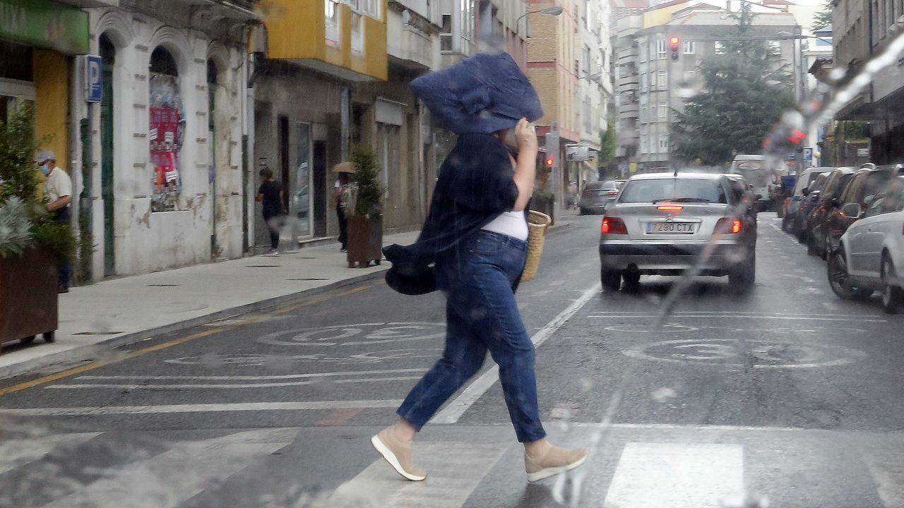 El impacto de las inundaciones por la tormenta en Ourense, en imágenes.Lluvia en Vilagarcía