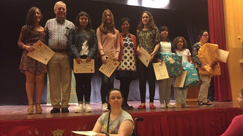 Las ganadoras del concurso literario de Betanzos.