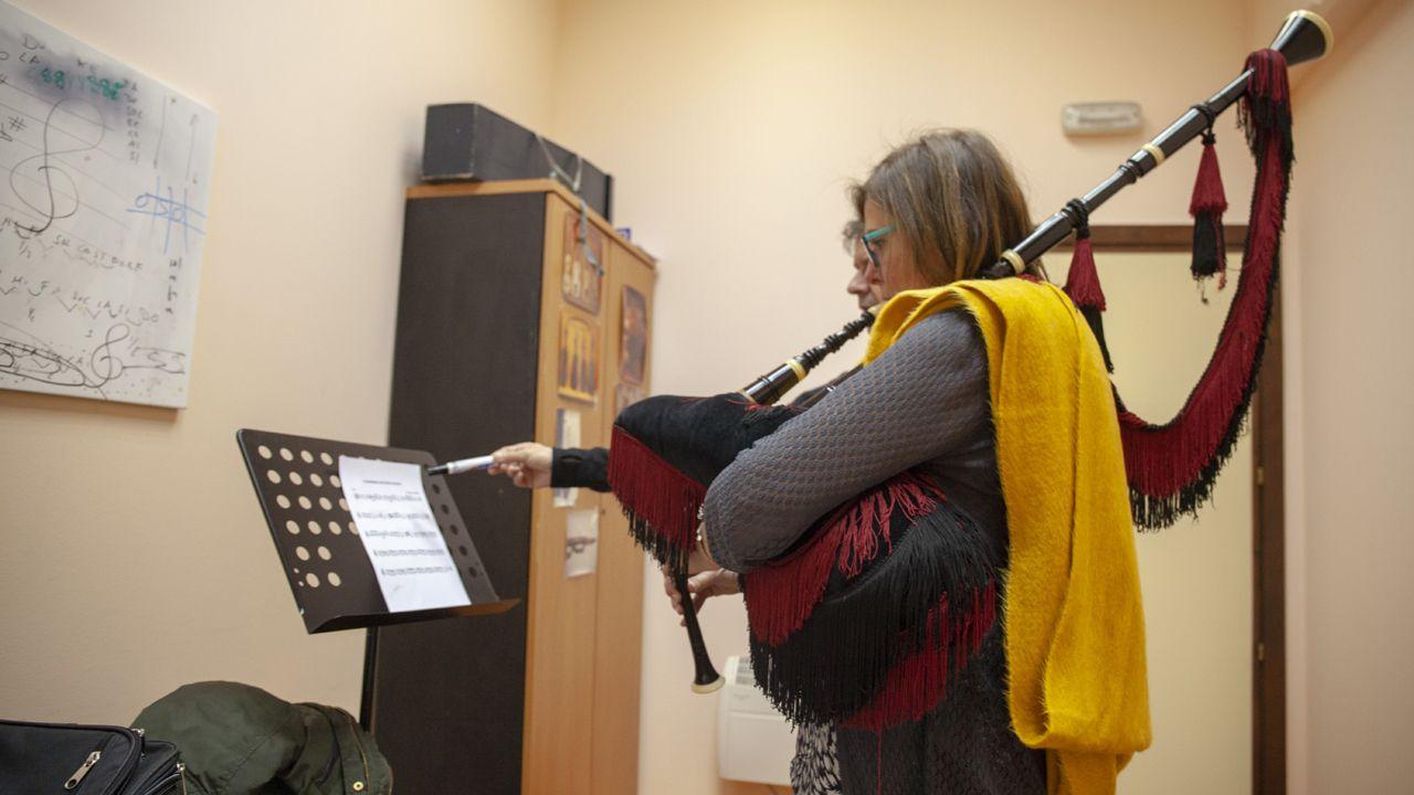Así son las clases musicales en la Escuela Manolo Quirós