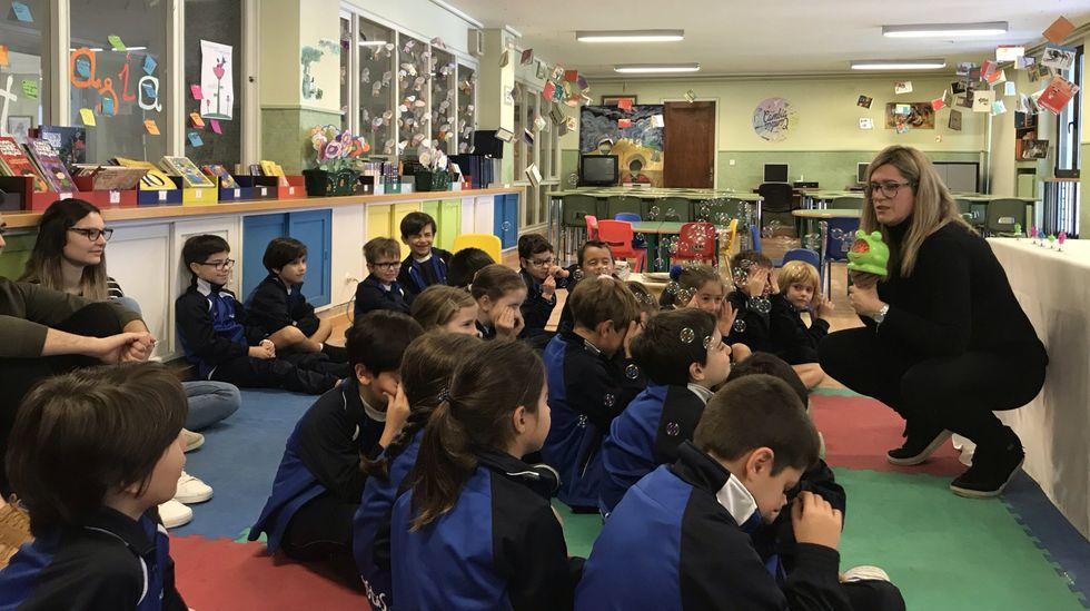 Gobierno y autonomías acuerdan que los alumnos pasen de curso, salvo casos excepcionales.El AMPA dell colegio Santa Maria (Maristas) de Ourense es una de las que participan en la encuesta