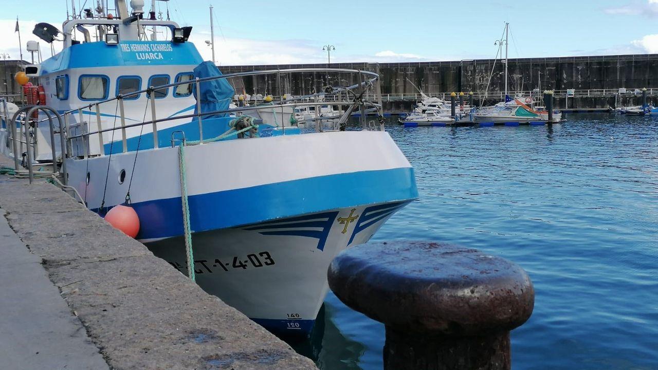 La flota de bajura de la Costa da Morte se volvió a concentrar contra la normativa europea.Barco de pesca en Asturias