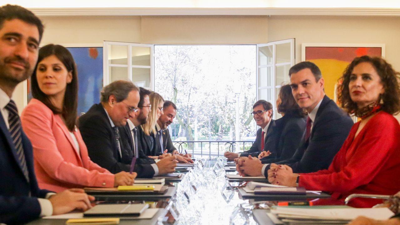 EN DIRECTO: Comparece la ministra portavoz María Jesús Montero.La vicepresidenta primera del Gobierno, Carmen Calvo, con el número dos de la Generalitat, Pere Aragonès