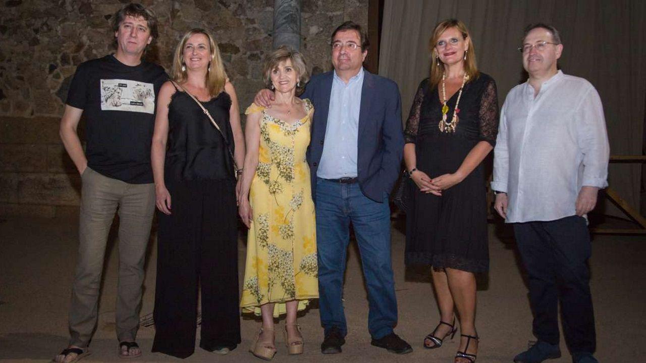 1 DE AGOSTO - MÉRIDA: La ministra de Sanidad, María Luisa Carcedo, junto al presidente de Extremadura, Fernández Vara, en el Festival Internacional de Teatro Clásico de Mérida