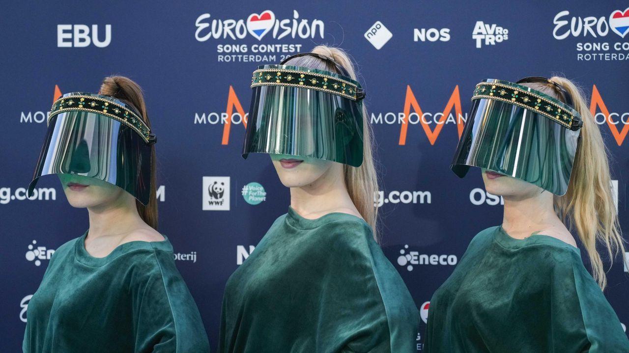 Representantes de Letonia llegan a la ceremonia de la 65 edición de Eurovisión
