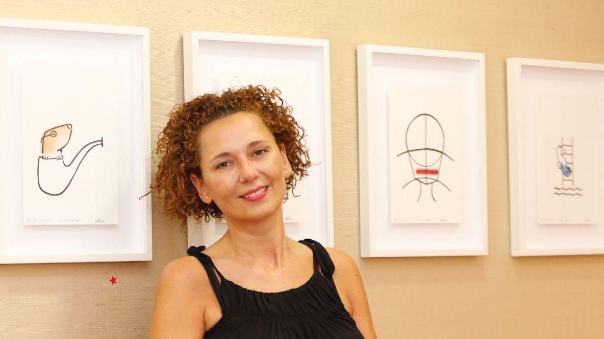 Sara Rivas, usuaria de Apamp, e Iria Medraño, participan en el poemario cantado de ésta última