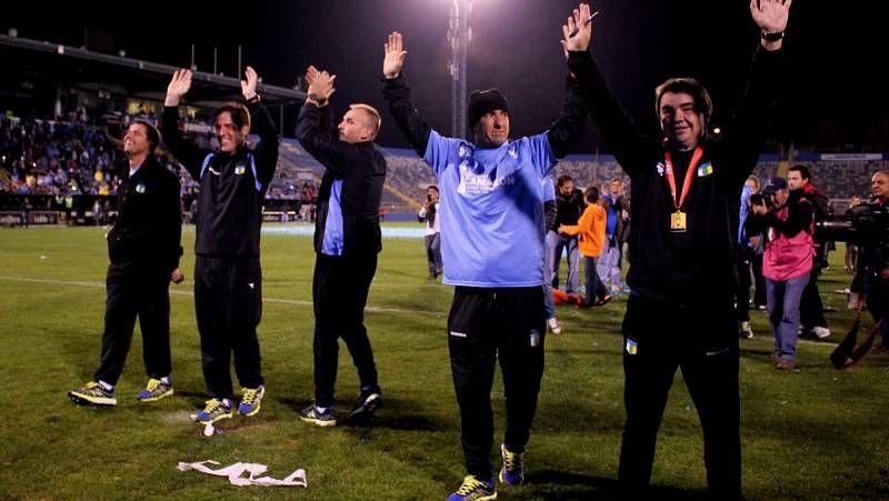 Violencia en el fútbol francés.Jon García, tratando de arrebatarle el balón a Muniain en un entrenamiento.