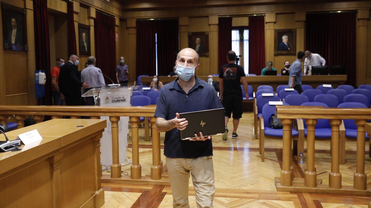 El alcalde decidió celebrar el pleno del Concello en la Diputación para que los concejales pudieran guardar las distancias de seguridad