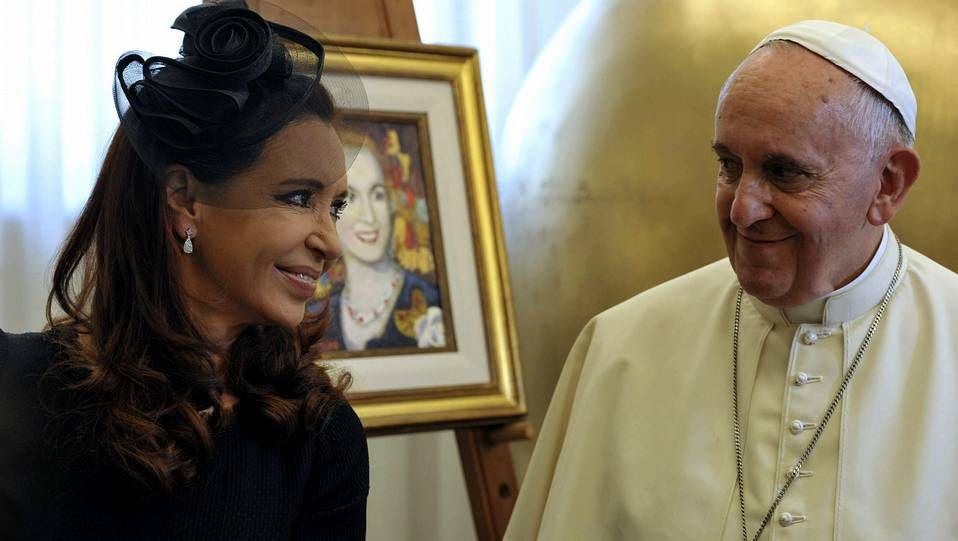 El obispo recientemente en la ofrenda a Os Remedios.