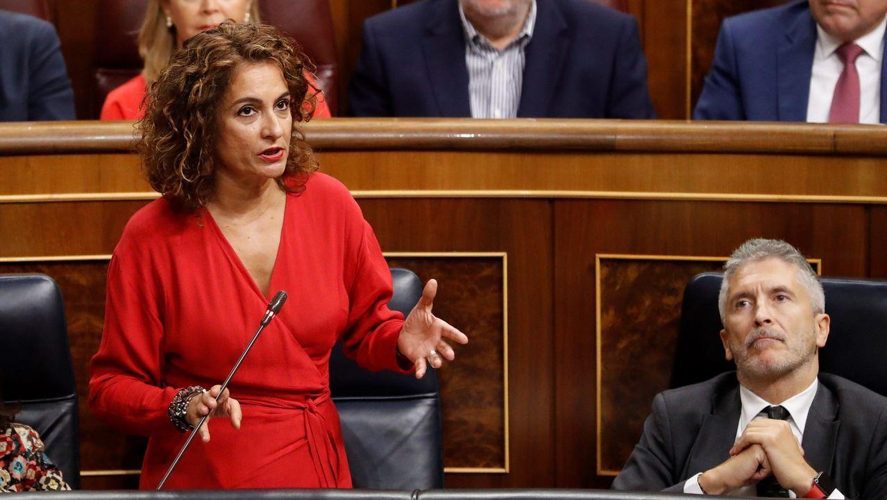El debate sobre el Estado de la Autonomía, en imágenes.La ministra en funciones de Hacienda, María Jesús Montero, en la sesión de control al Gobierno
