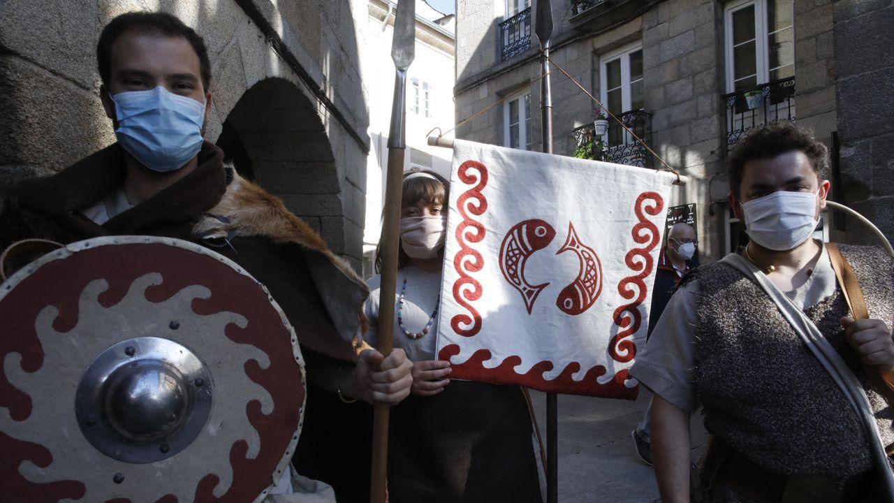 Los romanos y castrexos homenajearon a las víctimas del coronavirus