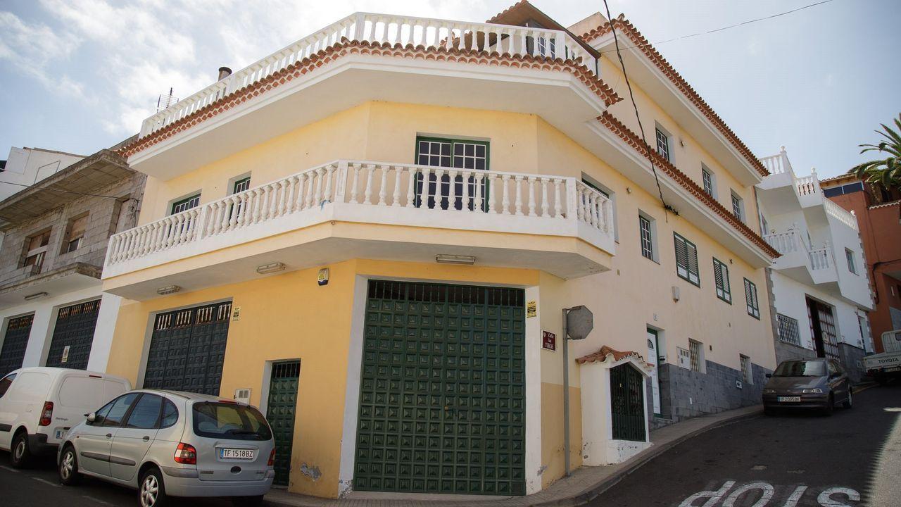 Comisaría de la Policía Nacional en Gijón.Imagen de la vivienda del municipio de Santa Úrsula, en Tenerife, en donde apareció el cuerpo de una mujer en una fosa séptica