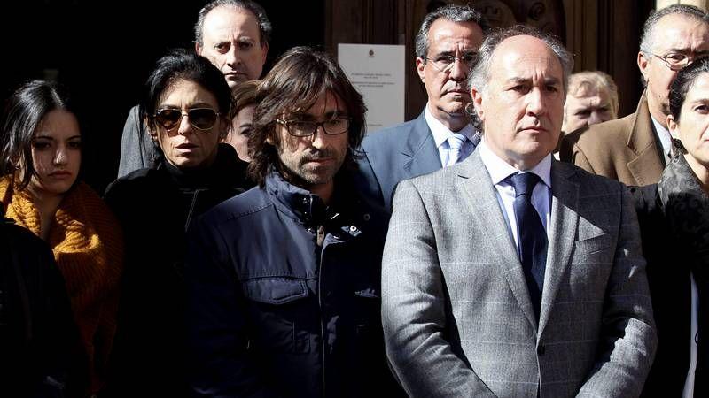 Algeciras llora a Paco de Lucía.Mariano Rajoy (derecha), junto al nuevo líder del PP de Andalucía, Juan Manuel Moreno.