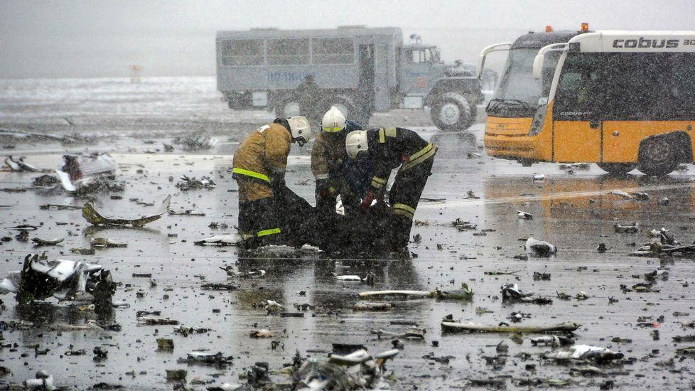 Tragedia aérea en el sur de Rusia.Ryanair y TAP son las dos compañías que se suman este año a las pistas de Peinador.