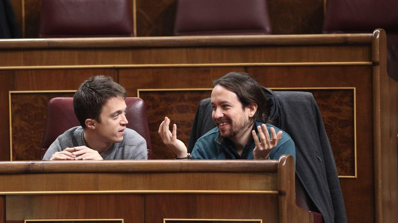 Pablo Isla, a la derecha, con Juan Carlos Escotet, en A Toxa