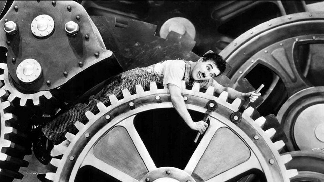 La película «Tiempos modernos», de Charles Chaplin, podrá verse en la Casa do Saber