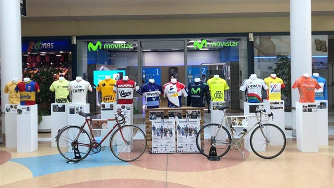La Costa da Morte se prepara para acoger el Gran Fondo Ézaro: ¡las imágenes!.Salida de la Vuelta Ciclista Asturias desde Los Prados