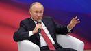 Putin, durante una reunión este domingo con miembros de su partido Rusia Unida.