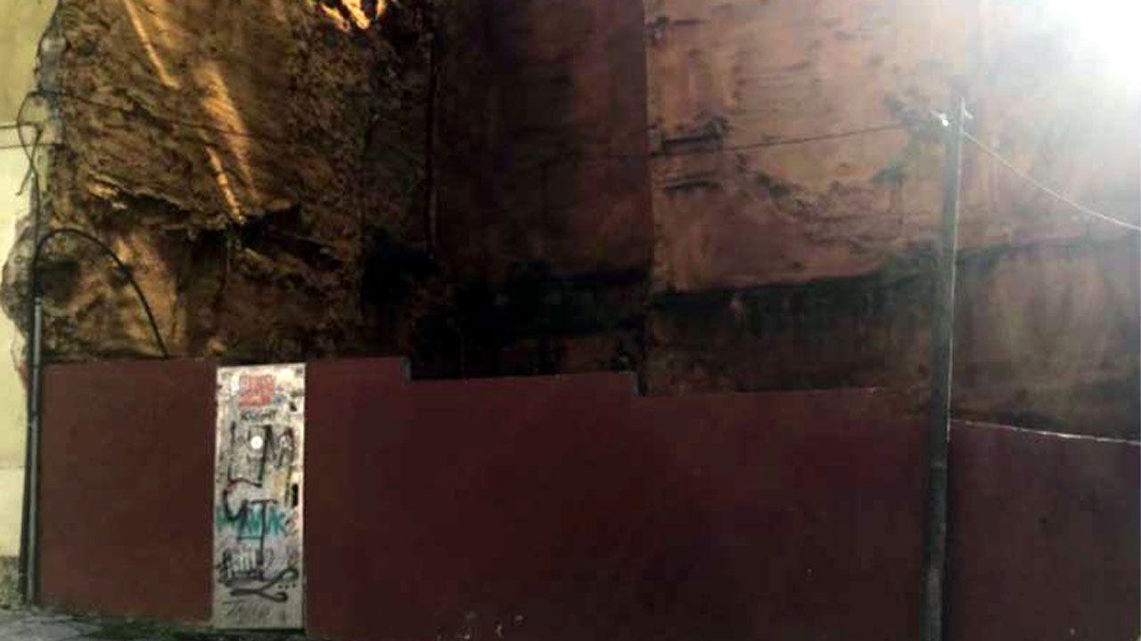 Solar con ruinas romanas en su interior en Óscar Olavarría