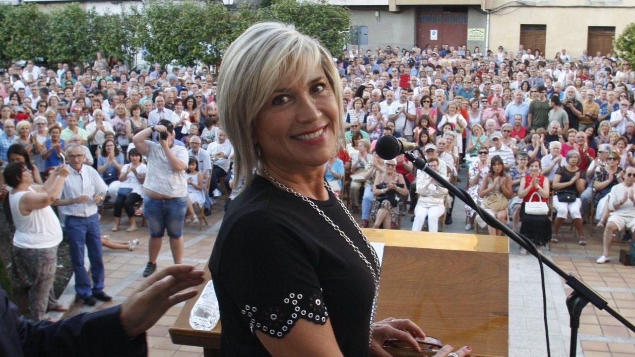 Julia Otero dio el pregón de las fiestas en su localidad natal, Monforte, en el 2018