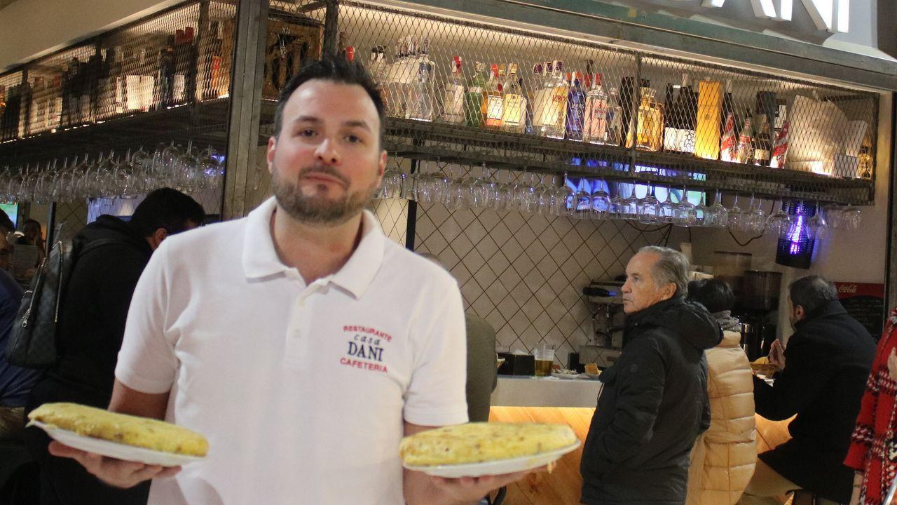 CASA DANI, MADRID.   Ubicado en el Mercado de la Paz en el barrio de Salamanca, este negocio familiar ha logrado ganar el II Campeonato de España de Tortilla de Patata.