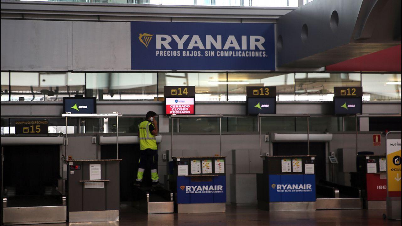 Vuelo inaugural Vigo-Edimburgo  en el aeropuerto de Peinador en marzo de 2017