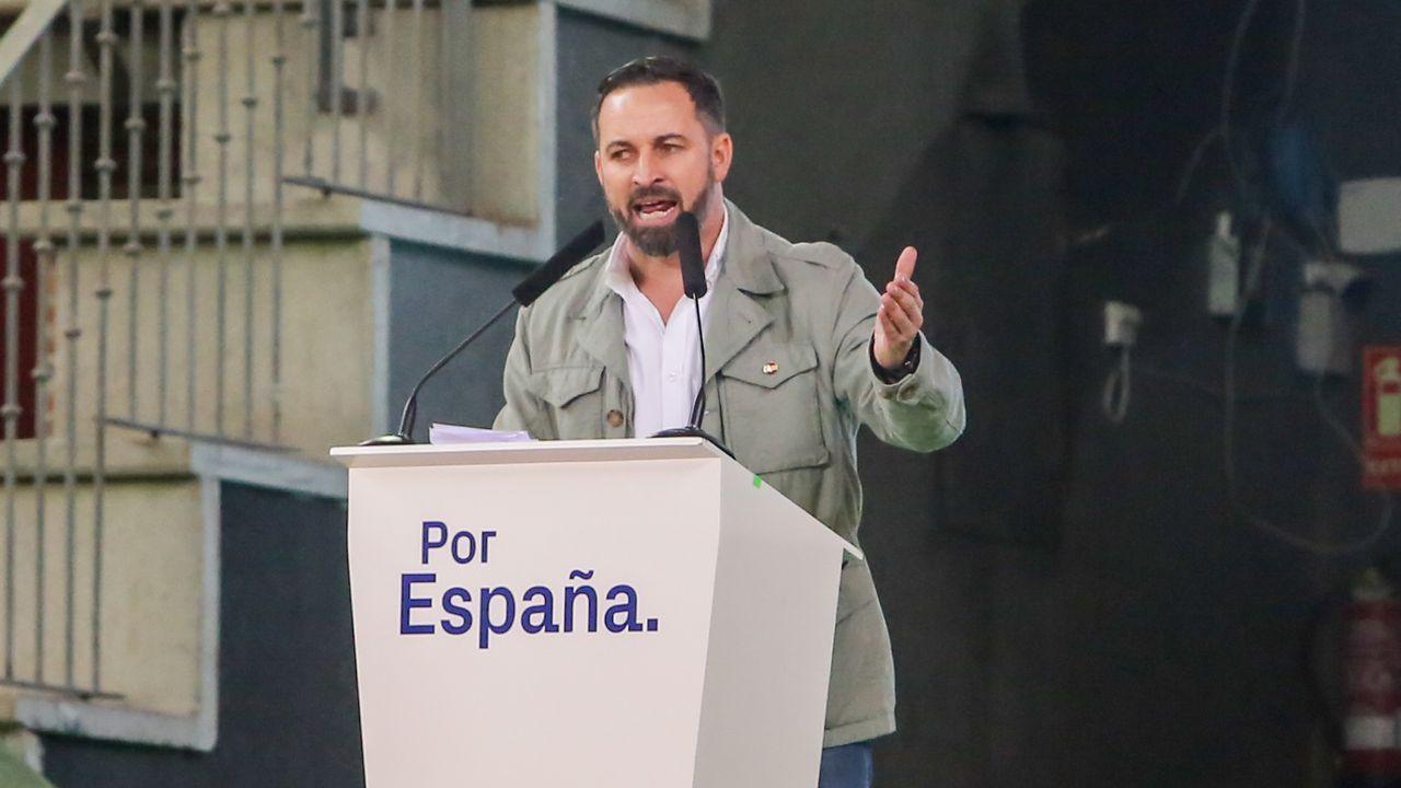 Rivera acepta «todos los debates que quieran, donde quieran».El presidente de VOX, Santiago Abascal