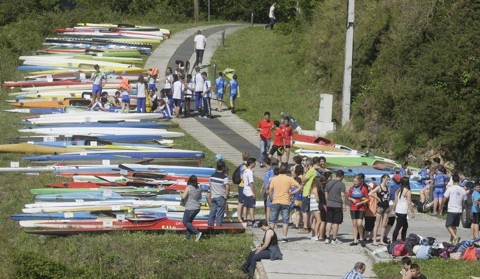 Embarcaciones en la regata de la Copa Diputación en A Vilavella.