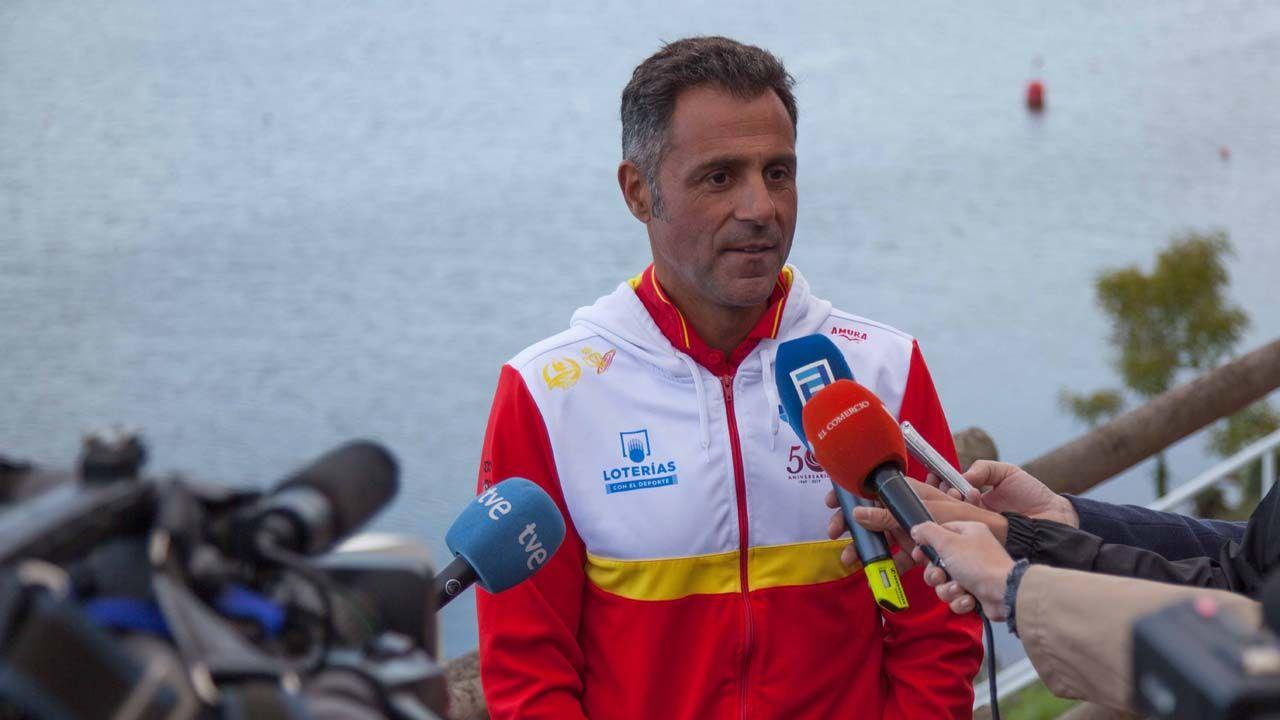 El técnico de piragüismo Miguel García, en Trasona