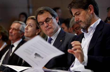 Oriol Pujol, en un acto con Mas el día 14, anunció que el programa de CiU hablará de Estado propio.