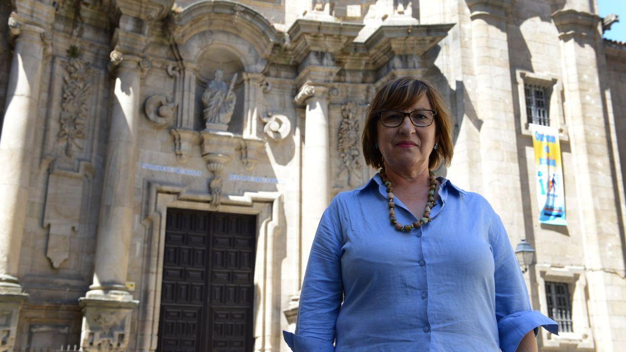 Los trabajadores de la residencia de Os Milagros despiden a los mayores recuperados.El conductor acusado del atropello, en enero en el juzgado penal de Ourense