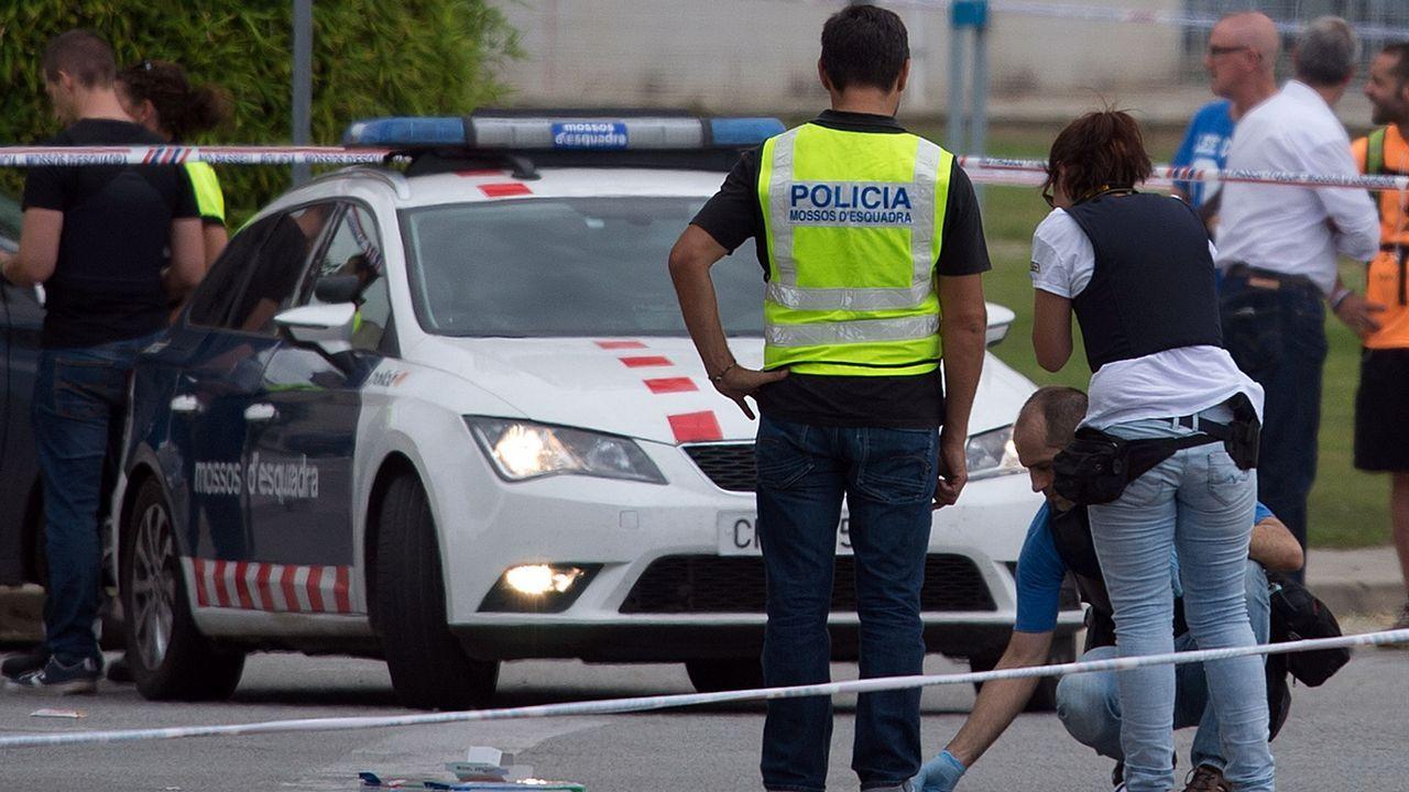 Heridos dos policías locales en Gavà (Barcelona) en un tiroteo.Alfredo Martínez Cuervo
