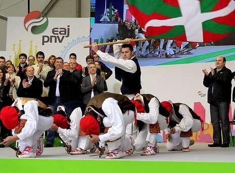 El PNV celebró en Bilbao su Aberri Eguna bajo el lema «Euskadi mirando a Europa».