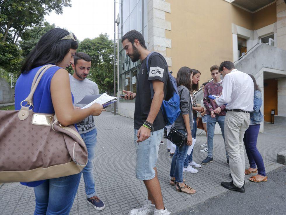 Vicente Gotor vuelve al aula