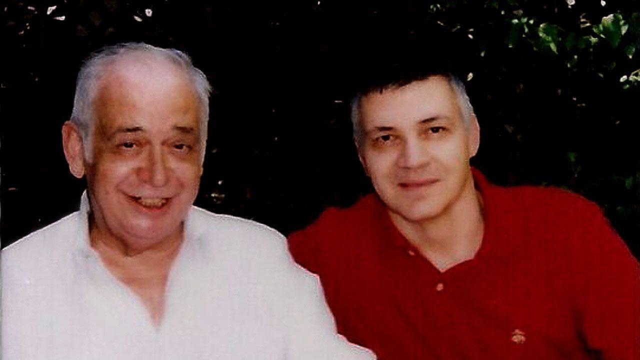 Juan Sánchez, a la derecha, junto a Diego Galán