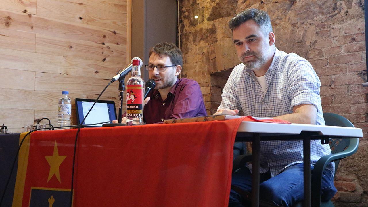Presentación de «Depués d'ochobre», el primer juego de rol en asturiano