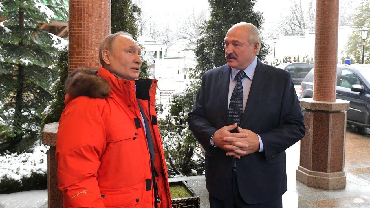 río piles desembocadura.Vladimir Putin recibe a Alexander Lukashenko, el pasado febrero, en el balneario ruso de Sochi