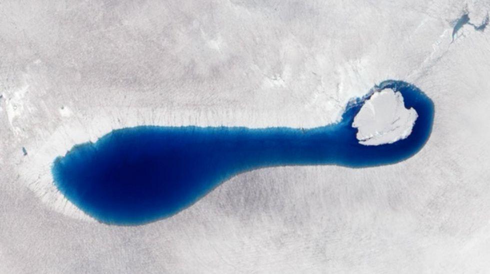El deshielo ha generado casi 8.000 lagos en la superficie de la Antártida