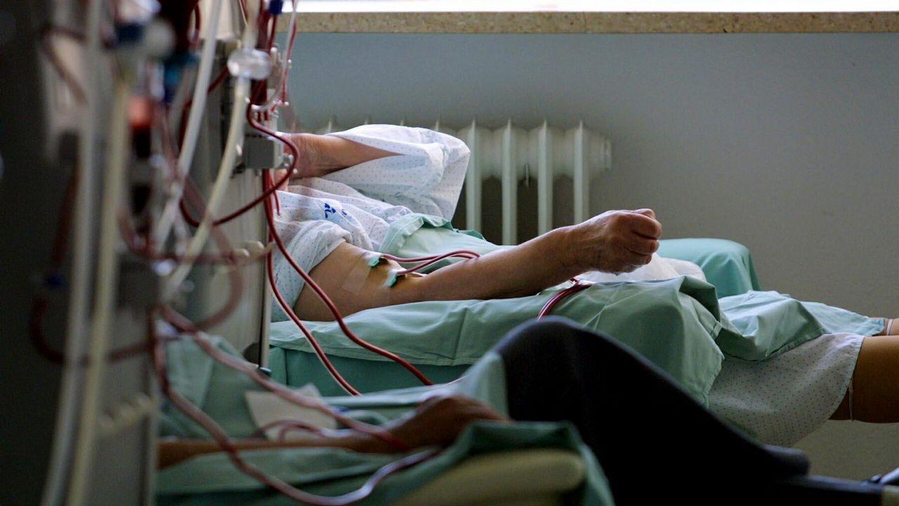 La joven atropellada está ingresada en el Hospital Álvaro Cunqueiro de Vigo