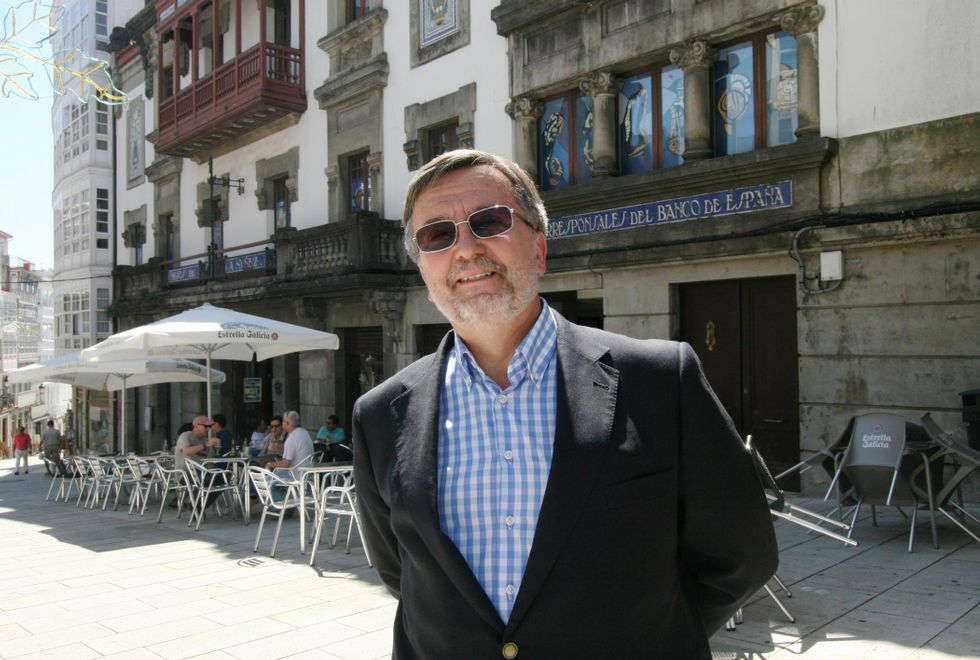 Agustín Núñez, embajador de España en Polonia, está pasando estos días de fiesta en su Betanzos natal.