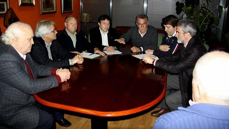 La comisión de seguimiento de la plataforma pro A-76 se reunió en O Barco