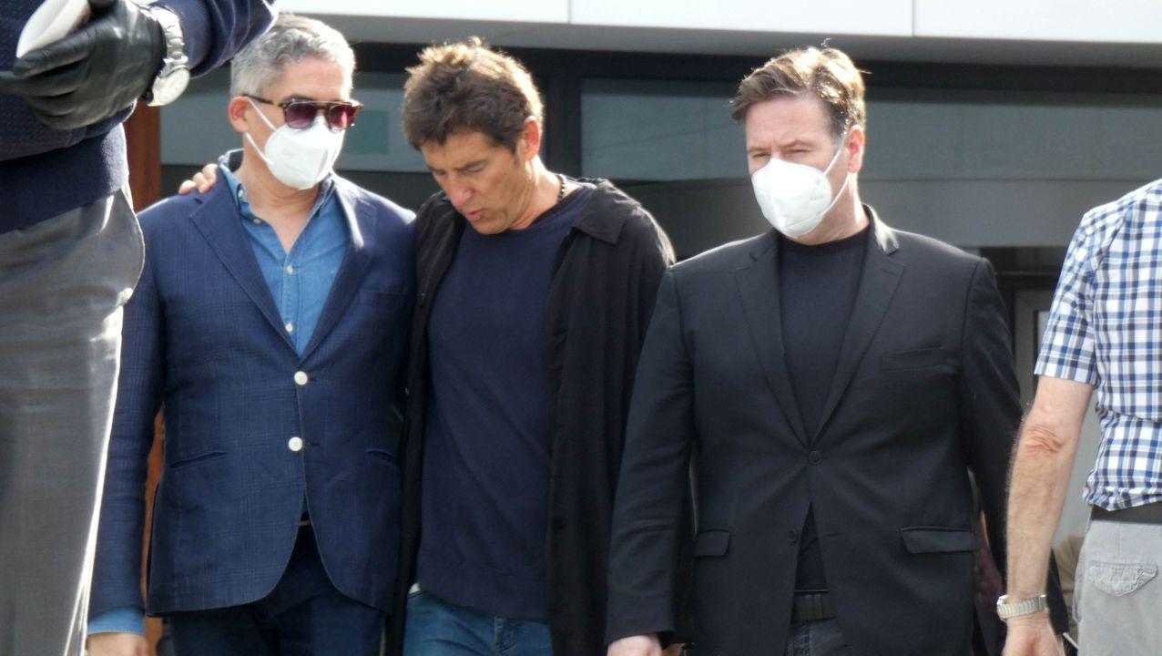 Carlos Latre y Boris Izaguirre junto a Manuel Fuentes