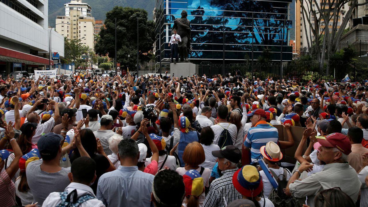 44.000 coches se enfrentarán desde hoy al corte de la Gran Vía de Vigo.El «presidente encargado de Venezuela Juan Guaidó durante un acto en la conmemoración del día de la Independencia